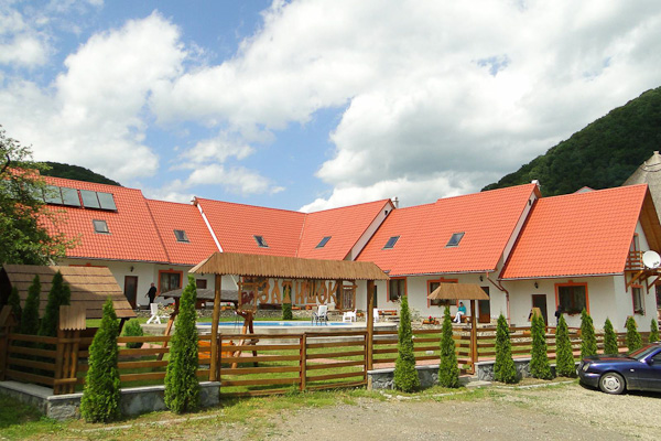 готель Затишок Закарпаття територія