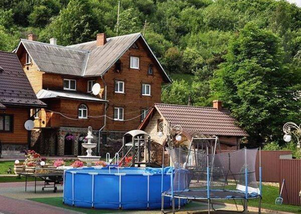 готель Два лева відпочинок у Славську недорого