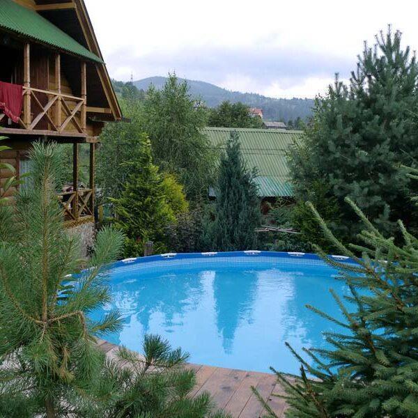 готель 4 сезони Славське відпочинок з басейном в Карпатах