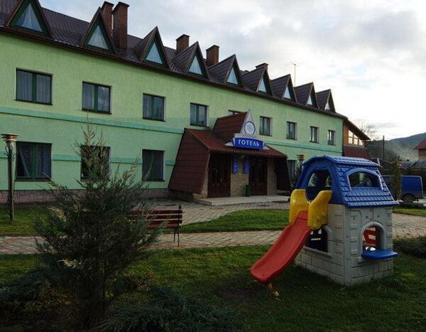 готель Морозко Славське відпочинок
