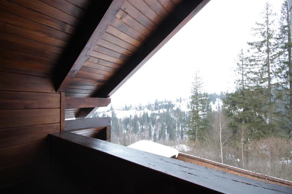 Вид на горы в коттедже вилла Монте Славское