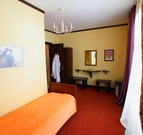 Просторий номер в готелі Золота Підкова