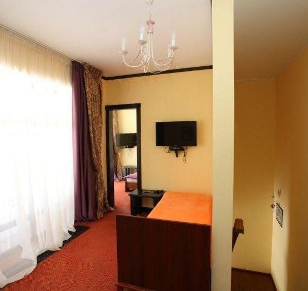 Уютный номер в отеле Золотая Подкова Славское