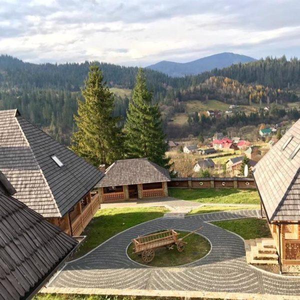 Живописный вид на горы в отеле Панщина
