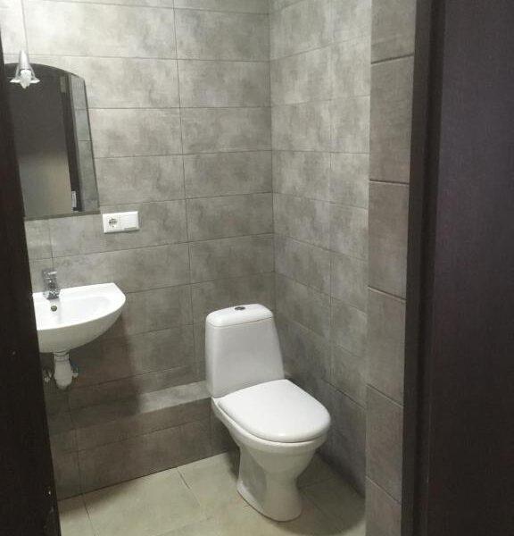 Простора ванна кімната в готелі Терем