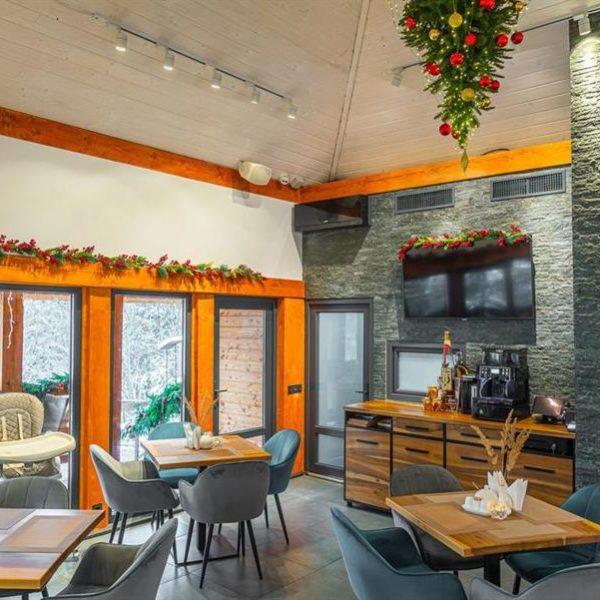 затишний ресторан в горах вілла Альпійка Славське