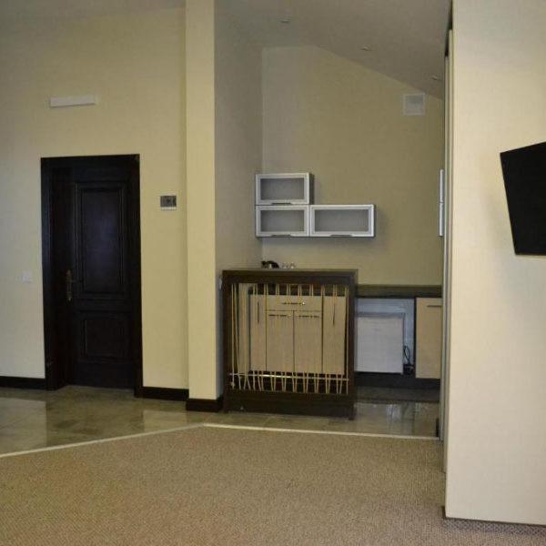 Кухонне місце в номері готелю Двір Княжої Корони, Славське