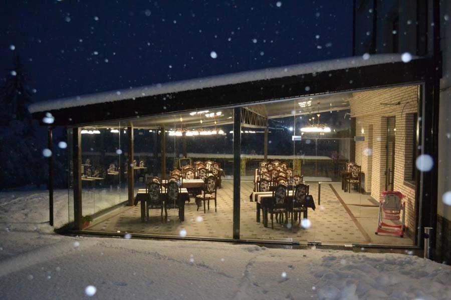 Вечер в ресторане отеля Двор Княжей Короны