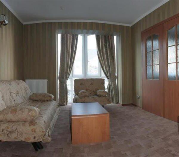 Большая гостинная в номере люкс отель Терем