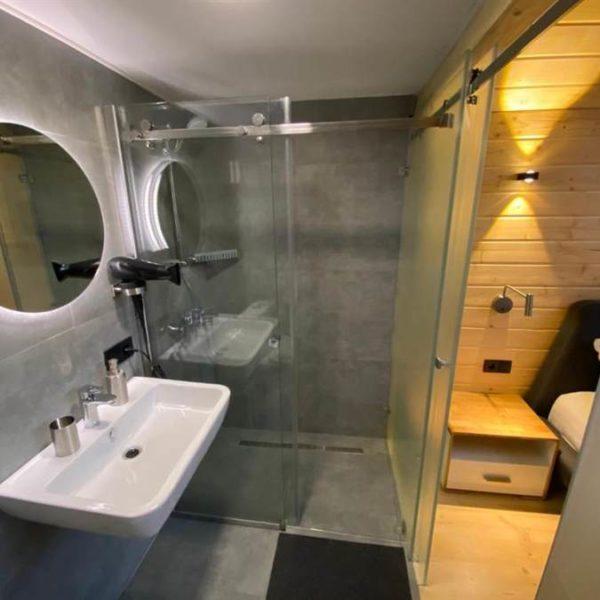 вілла Альпійка ванна кімната в котеджі