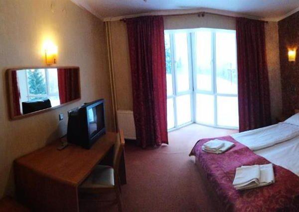 Панорамные окна в номера отеля Терем