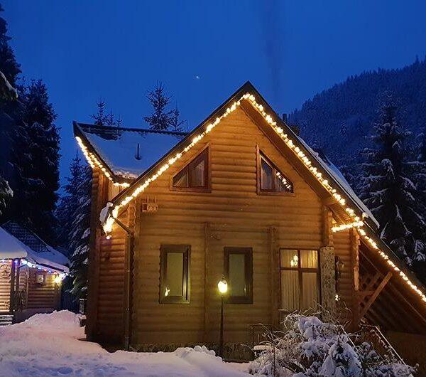 Зимний вечер в отеле Лесной маеток Славское