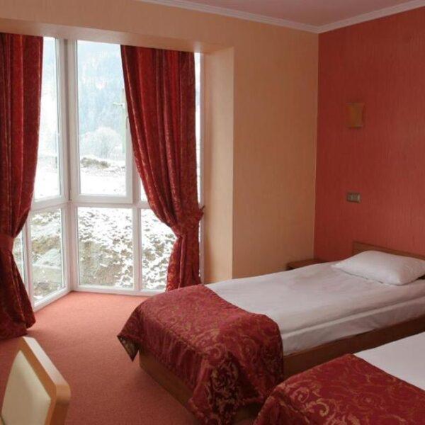 Просторный номер в отеле Терем