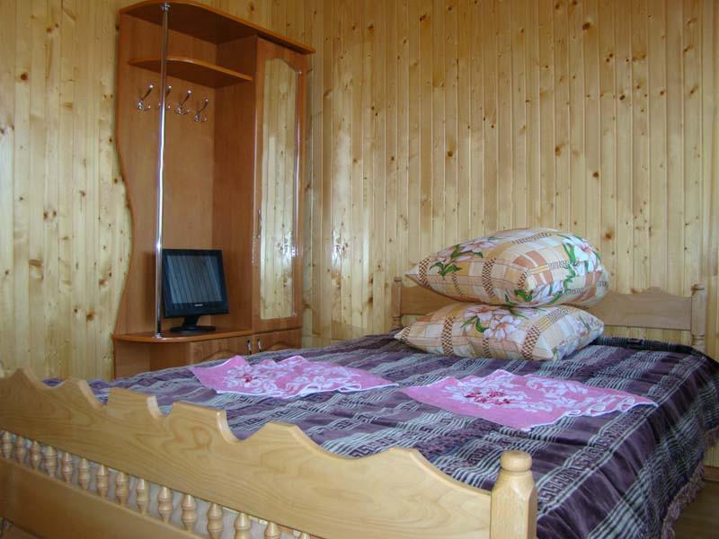 затишний котедж готель Аура Карпат