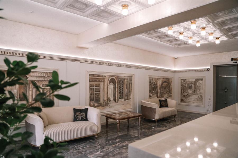 хол готель Баймонт в Закарпатті