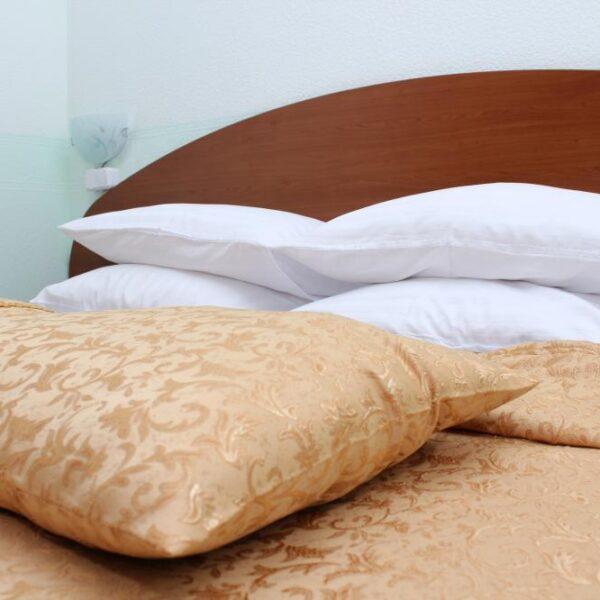 Затишне ліжко в санаторії Діброва