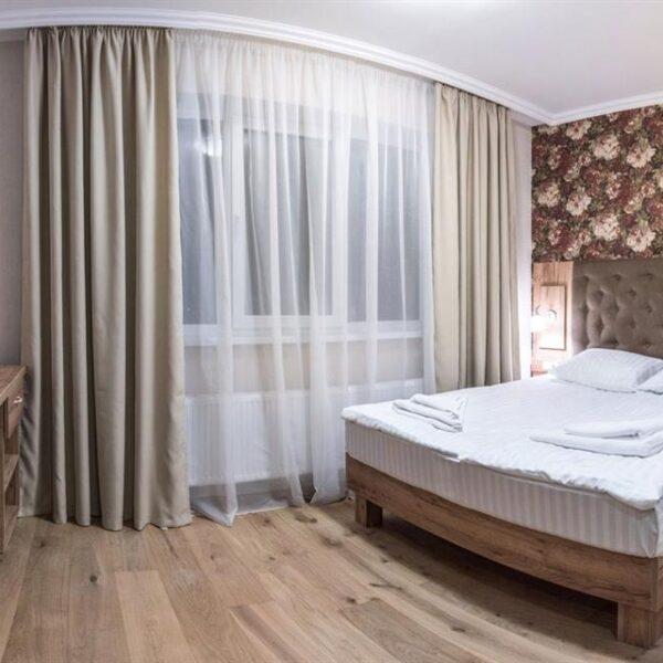 Современный номер в отеле Рандеву