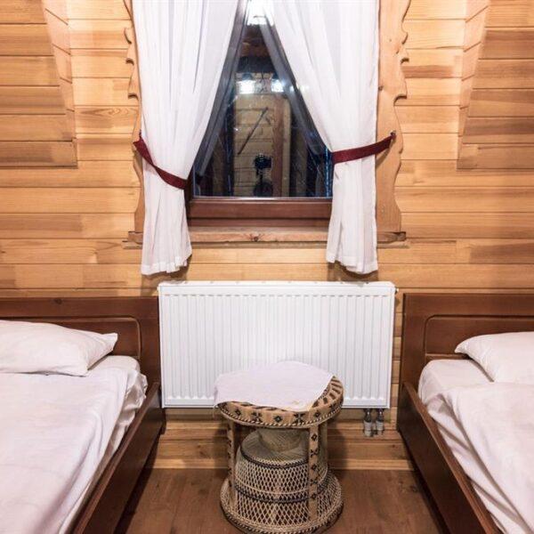 Комфортабельные односпальные кровати в отеле Рандеву