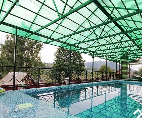 Теплый бассейн в мини - отеле Аура Карпат