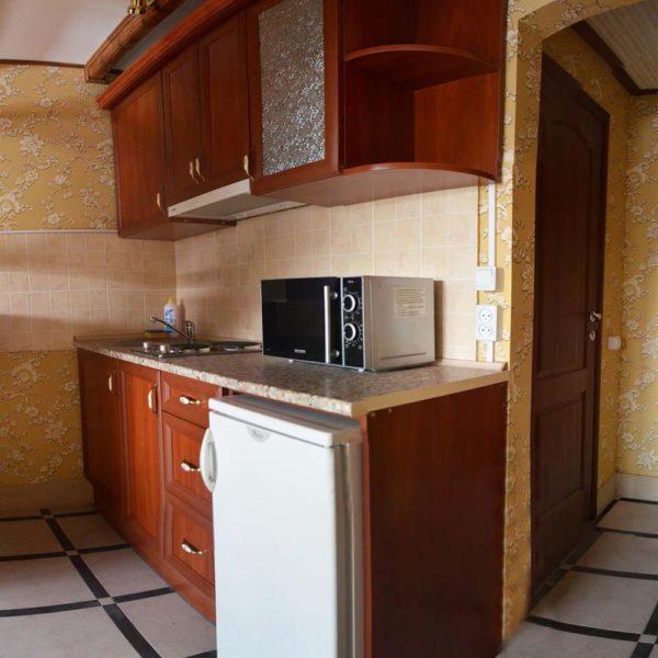 Кухня для приготовления пищи Коттедж 12 месяцев