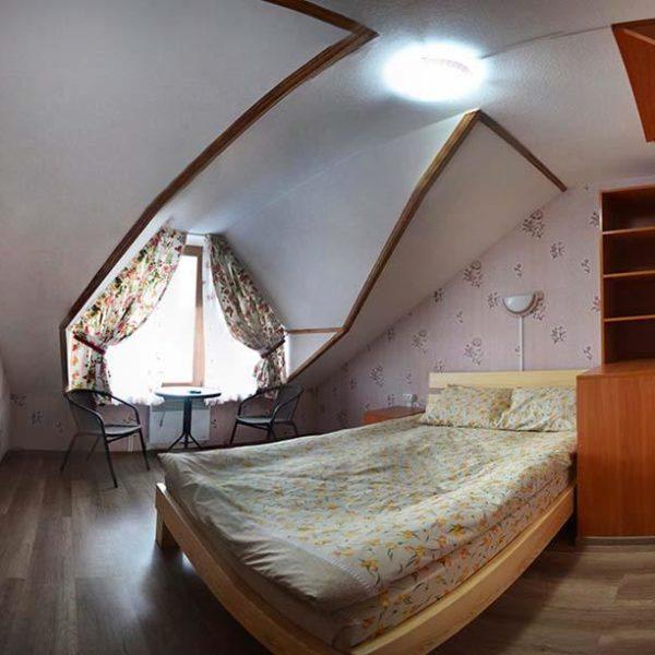 двуспальная кровать отдых комфорт Коттедж 12 месяцев