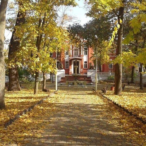 Осінь в санаторії Горького