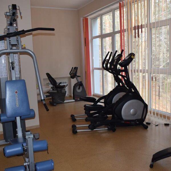 Тренажерний зал в санаторії Пролісок