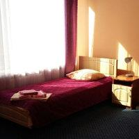 Односпальная кровать в санатории Шкло