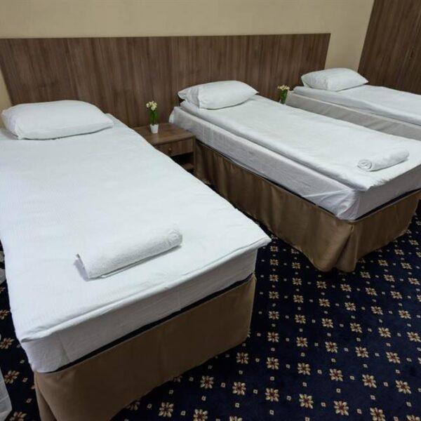 Компактная кровать в номере санаторий Лаяр Палас