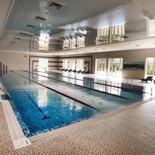 Великий басейн в санаторії Одеса СБУ
