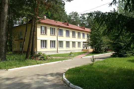 Большая территория санатория Шкло