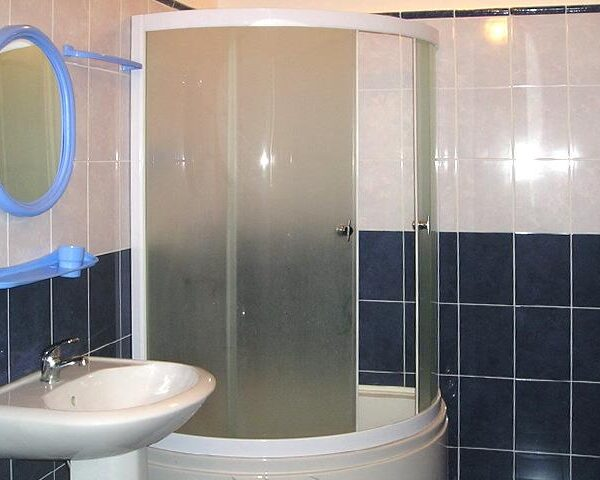 Ванна кімната в номері санаторій Горького