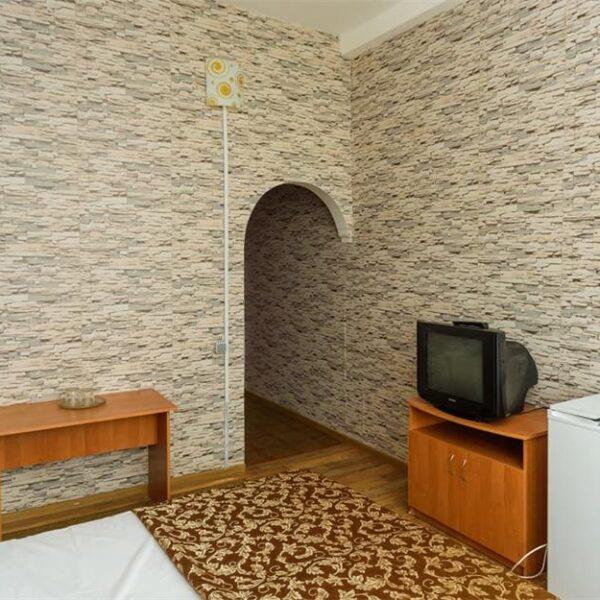 Просторий стандарт в санаторії Куяльник