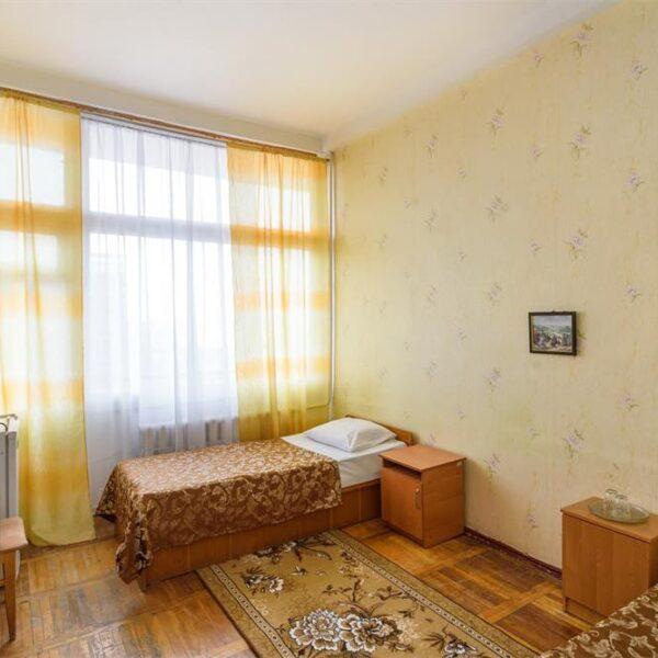 Просторий однокімнатний номер санаторій Куяльник