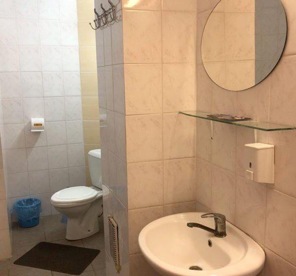 """Ванна кімната в номері санаторій """"Медобори"""" фото"""