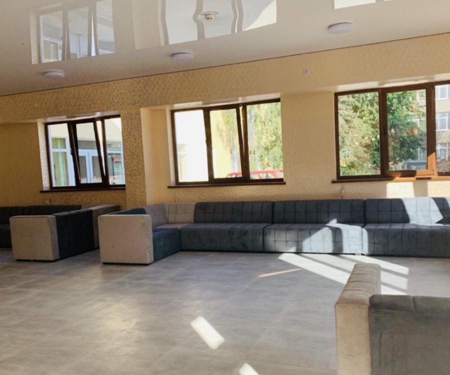 Хол в санаторий Золотая Нива фото