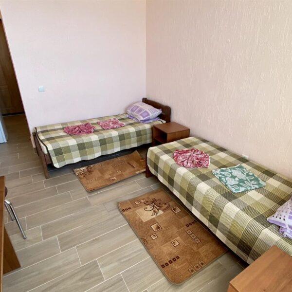 Односпальні ліжка в санаторії Золота Нива