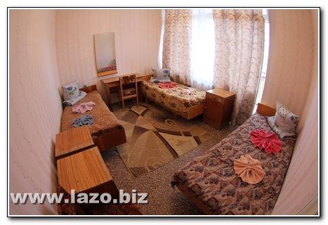 Стандарт для трьох санаторій Сергія Лазо Сергіївка