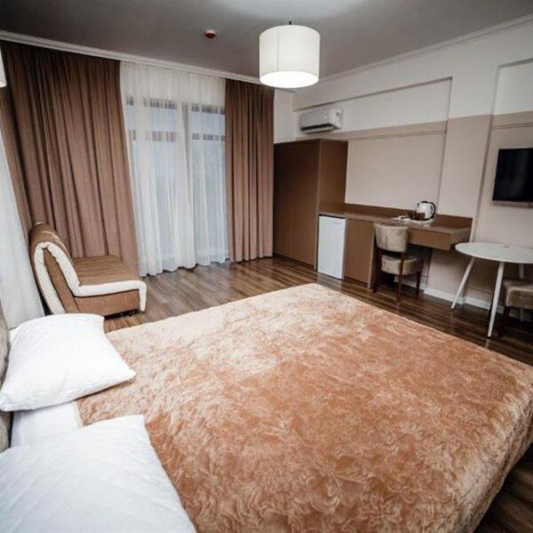 Двуспальне ліжко Апарт-готель «Кайзервальд»